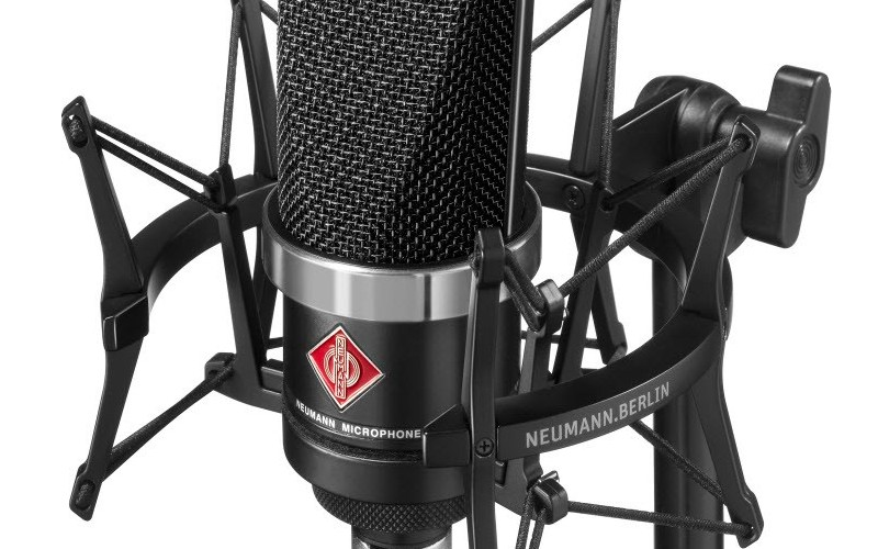 home-recording-studio-mics