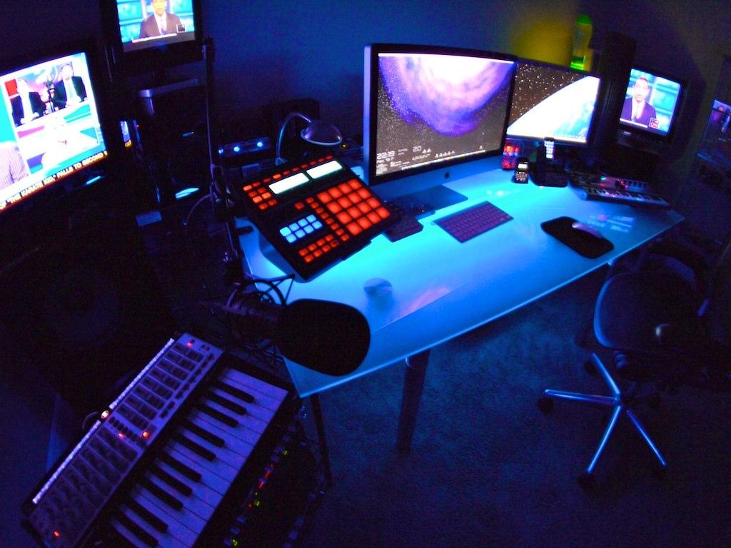 Excellent How To Build A Rap Hip Hop Home Recording Studio Largest Home Design Picture Inspirations Pitcheantrous